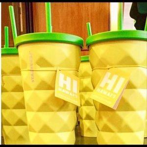 Starbucks Hawaii pineapple